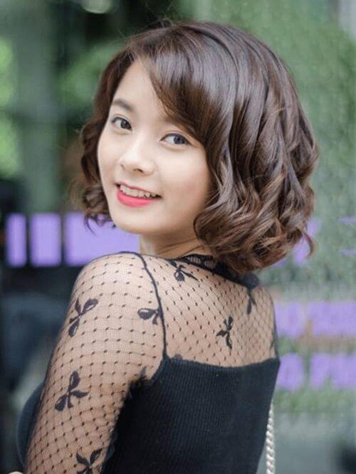 Kiểu tóc ngắn uốn xoăn đẹp nhất 2021 - Ảnh 12