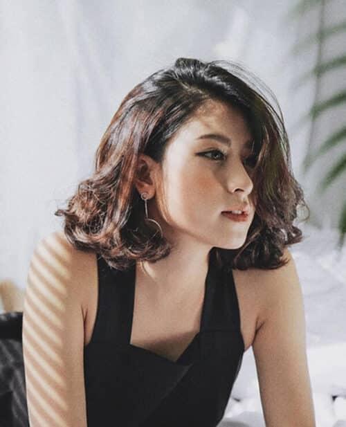 Kiểu tóc ngắn uốn xoăn đẹp nhất 2021 - Ảnh 17