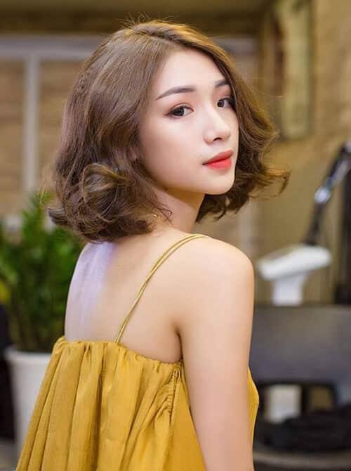 Kiểu tóc ngắn uốn xoăn đẹp nhất 2021 - Ảnh 2