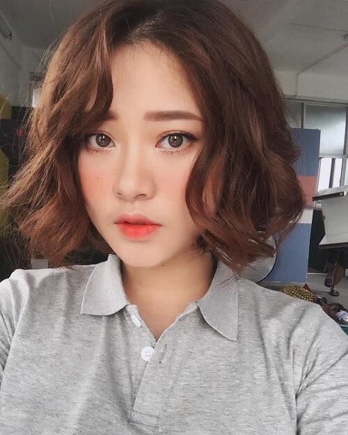 Kiểu tóc ngắn uốn xoăn đẹp nhất 2021 - Ảnh 20