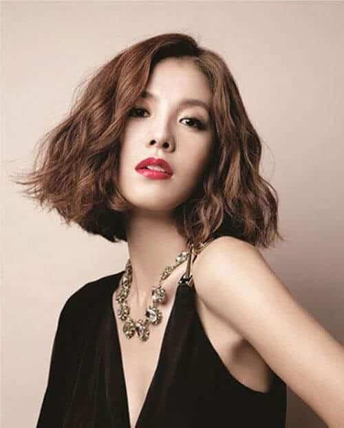 Kiểu tóc ngắn cá tính cho nữ đẹp nhất 2021 - Ảnh 24