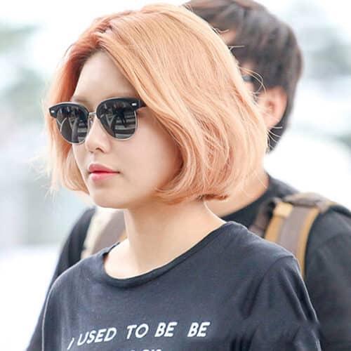 Kiểu tóc ngắn cá tính cho nữ đẹp nhất 2021 - Ảnh 25