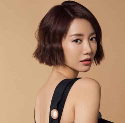 Kiểu tóc ngắn cá tính cho nữ đẹp nhất 2021 - Ảnh 3