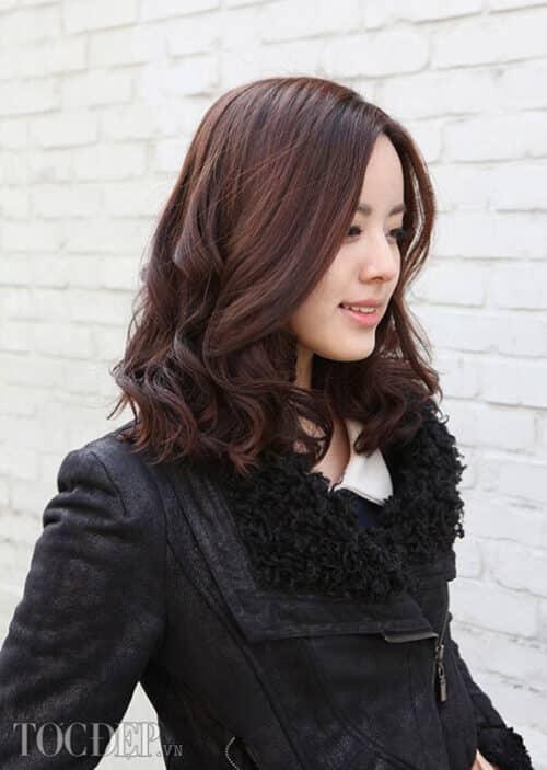 Kiểu tóc xoăn đuôi đẹp 2021 phái nữ yêu thích - Ảnh 29