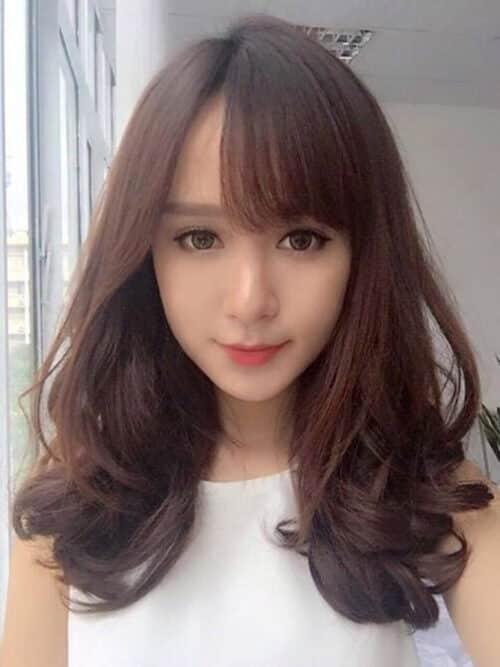 Kiểu tóc xoăn đuôi đẹp 2021 phái nữ yêu thích - Ảnh 5