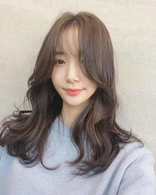 Kiểu tóc xoăn nhẹ