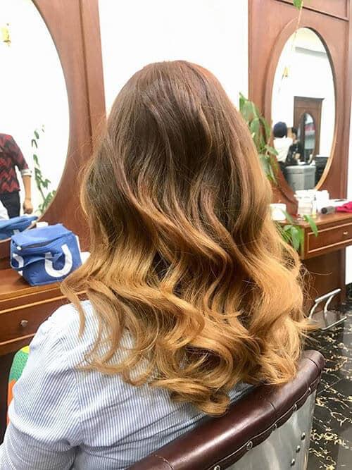 Kiểu tóc xoăn dài đẹp 2021 khiến chị em mê mẩn - Ảnh 17