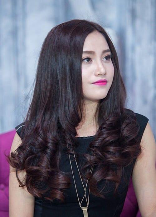 Kiểu tóc xoăn dài đẹp 2021 khiến chị em mê mẩn - Ảnh 21