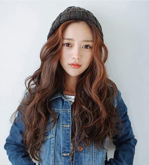 Kiểu tóc xoăn dài đẹp 2021 khiến chị em mê mẩn - Ảnh 24