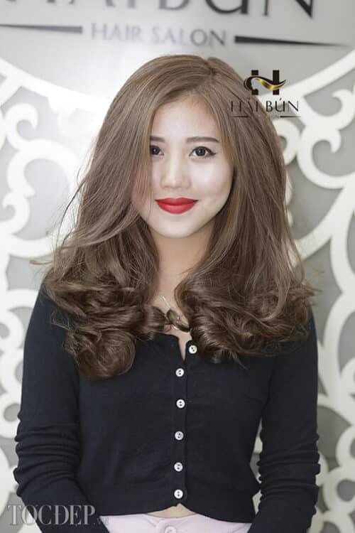 Kiểu tóc xoăn dài đẹp 2021 khiến chị em mê mẩn - Ảnh 3