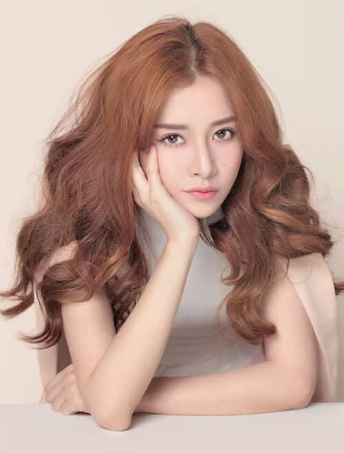 Kiểu tóc xoăn dài đẹp 2021 khiến chị em mê mẩn - Ảnh 5