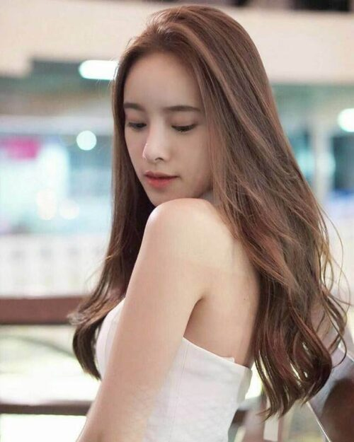 Tóc uốn mái dài đẹp