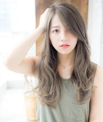 Nhuộm tóc màu nâu ánh đồng