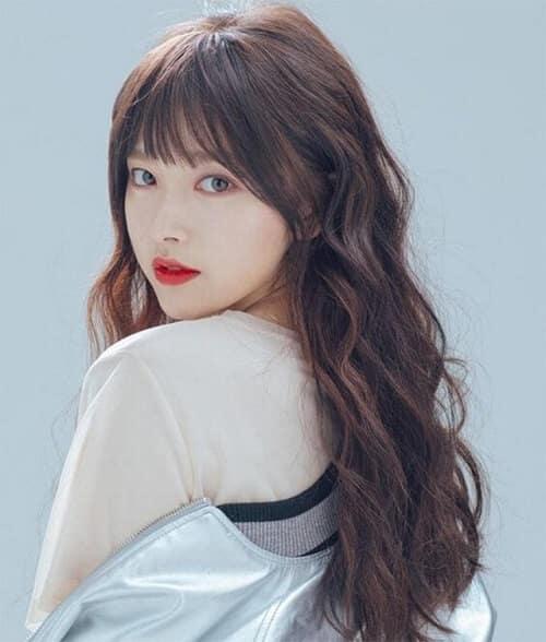 Kiểu tóc dài uốn 2021 xinh lung linh - Ảnh 21