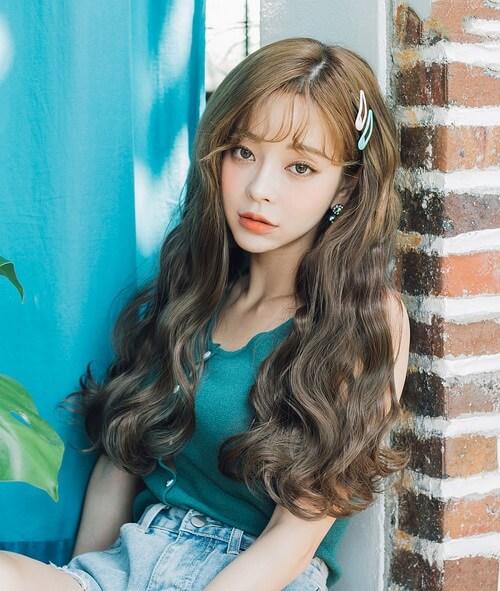 Kiểu tóc dài uốn 2021 xinh lung linh - Ảnh 22