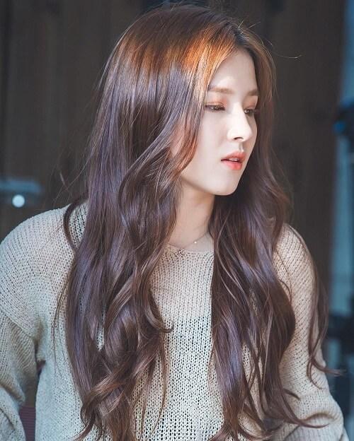 Kiểu tóc dài uốn 2021 xinh lung linh - Ảnh 25