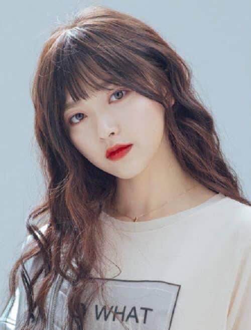 Kiểu tóc dài uốn 2021 xinh lung linh - Ảnh 3