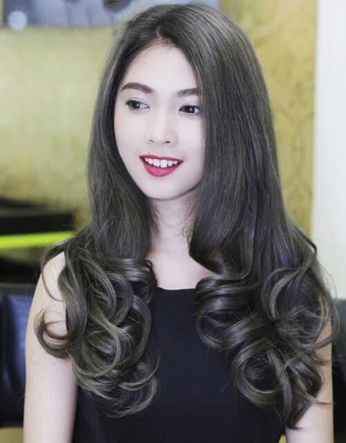 Kiểu tóc dài uốn 2021 xinh lung linh - Ảnh 6
