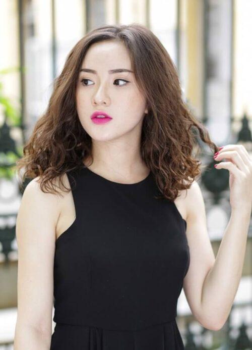 Kiểu tóc gợn sóng 2021 đẹp mê li cho phái nữ - Ảnh 27