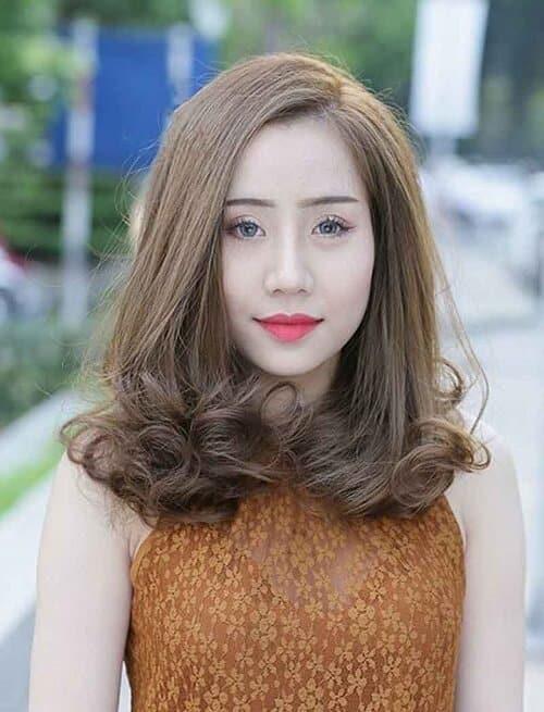 Kiểu tóc uốn đuôi 2021 đẹp lộng lẫy cho phái nữ - Ảnh 15