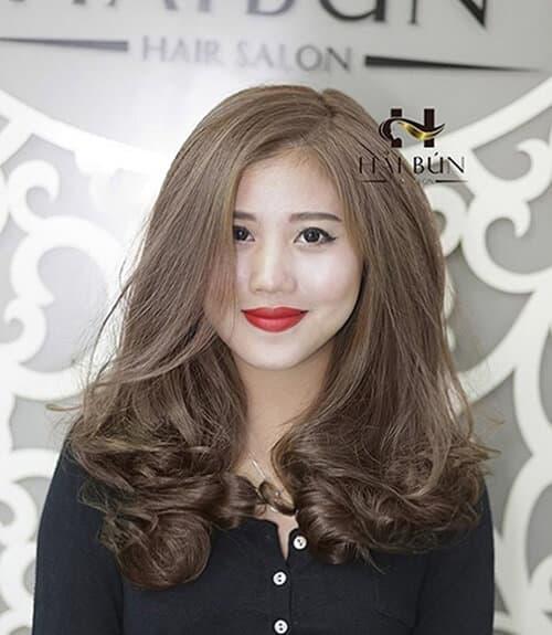Kiểu tóc xoăn lọn to 2021 đẹp - Ảnh 26