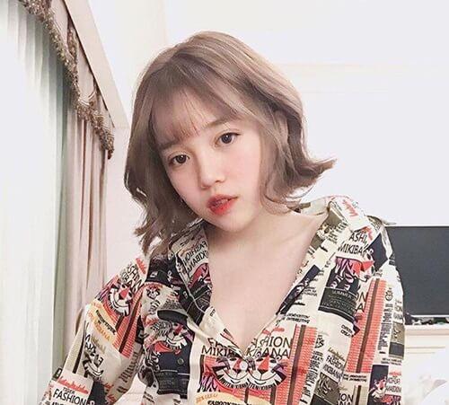 Kiểu tóc xoăn ngắn 2021 đẹp nhất cho phái nữ - Ảnh 10
