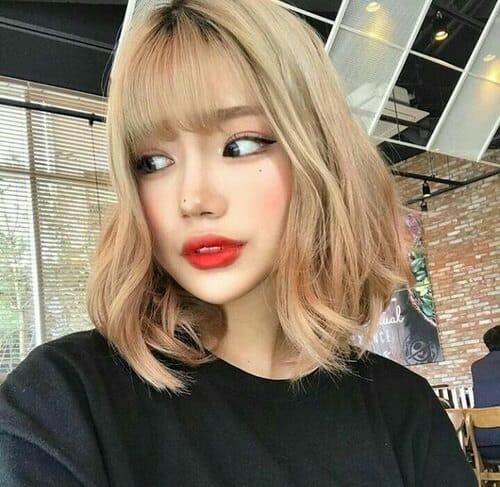 Kiểu tóc xoăn ngắn 2021 đẹp nhất cho phái nữ - Ảnh 24