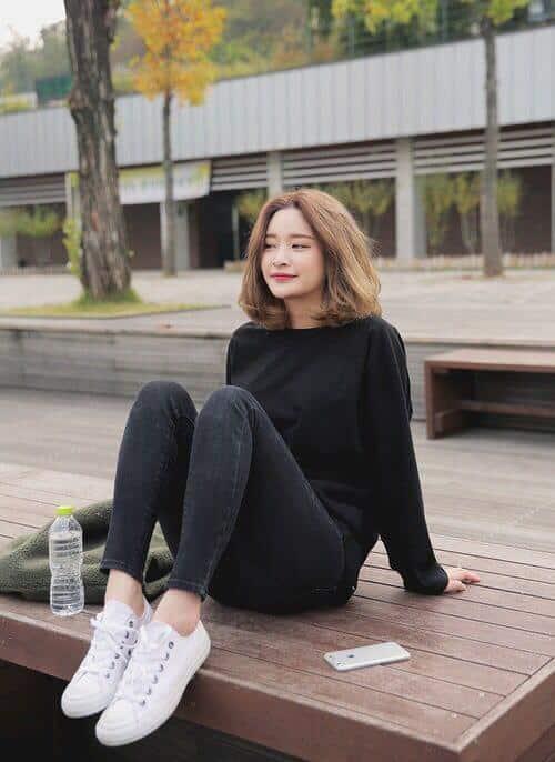 Kiểu tóc xoăn ngắn 2021 đẹp nhất cho phái nữ - Ảnh 25