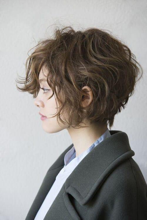 Kiểu tóc xoăn ngắn 2021 đẹp nhất cho phái nữ - Ảnh 27