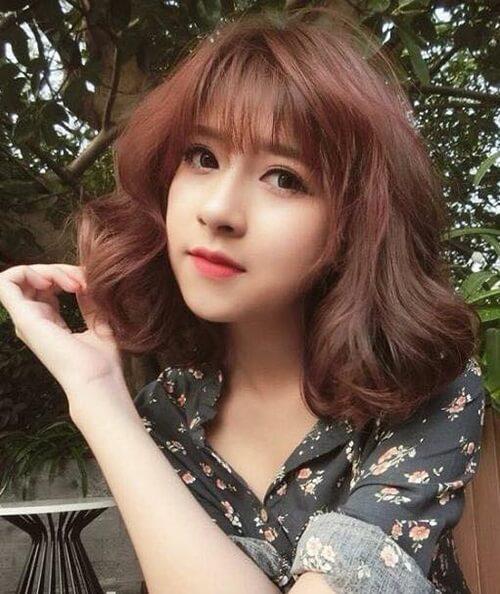 Kiểu tóc xoăn ngắn 2021 đẹp nhất cho phái nữ - Ảnh 28