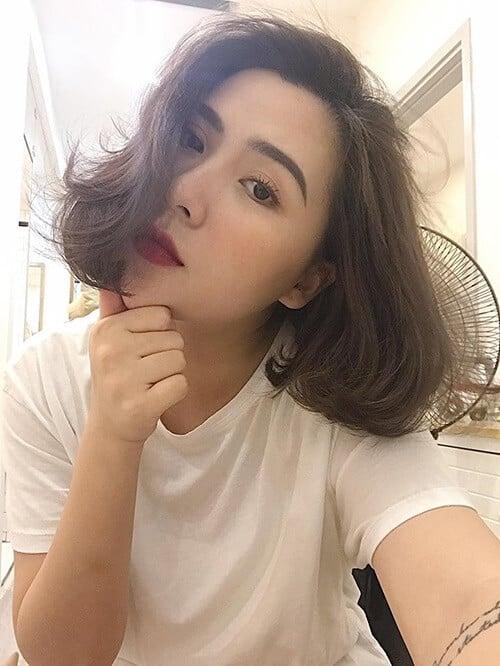 Kiểu tóc xoăn ngắn 2021 đẹp nhất cho phái nữ - Ảnh 35
