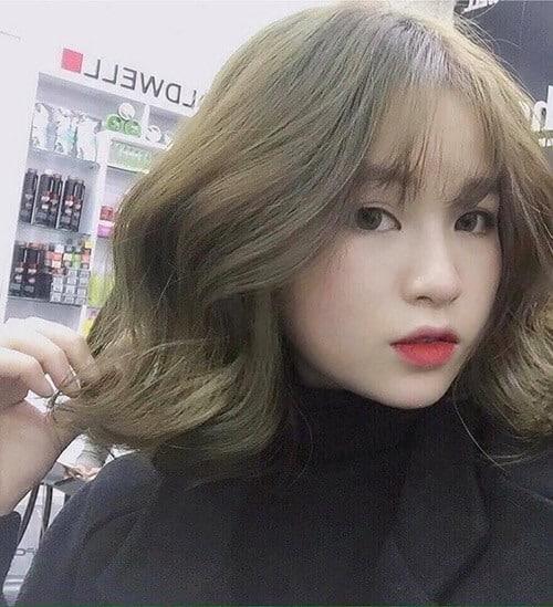 Kiểu tóc xoăn ngắn 2021 đẹp nhất cho phái nữ - Ảnh 39