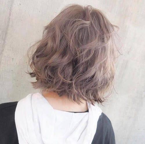 Kiểu tóc xoăn ngắn 2021 đẹp nhất cho phái nữ - Ảnh 40