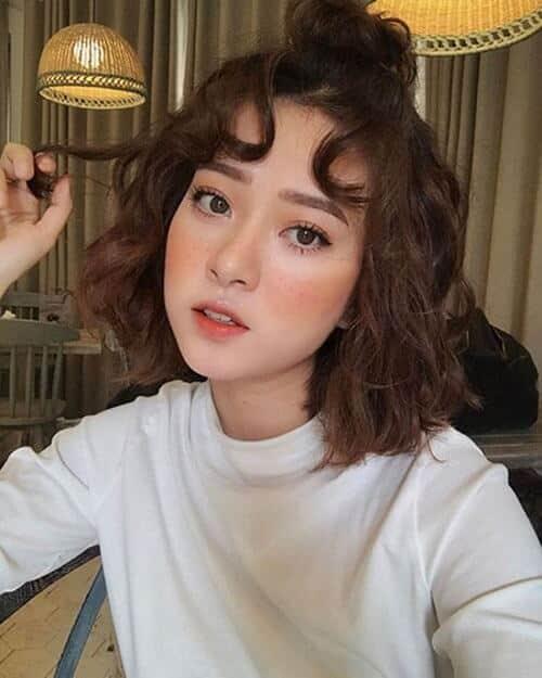Kiểu tóc xoăn sóng đẹp 2021 phù hợp mọi gương mặt - Ảnh 19