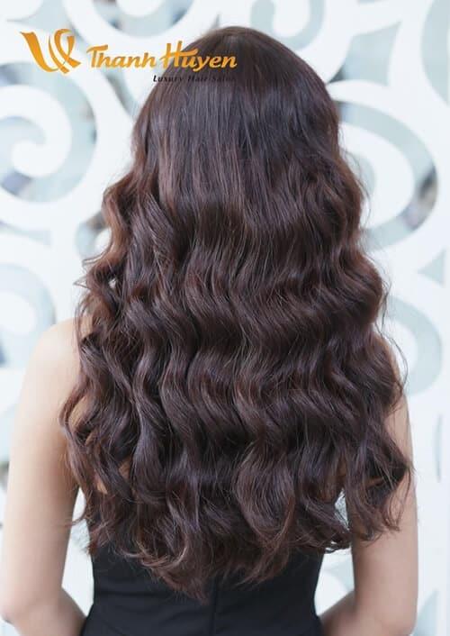 Kiểu tóc xoăn sóng đẹp 2021 phù hợp mọi gương mặt - Ảnh 20
