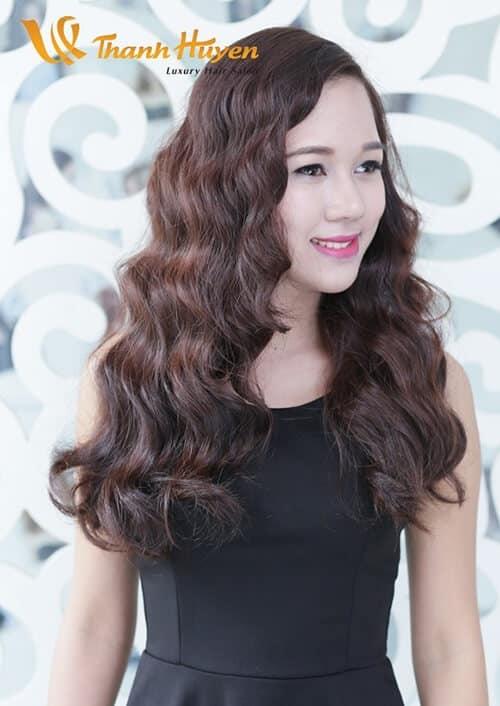 Kiểu tóc xoăn sóng đẹp 2021 phù hợp mọi gương mặt - Ảnh 23