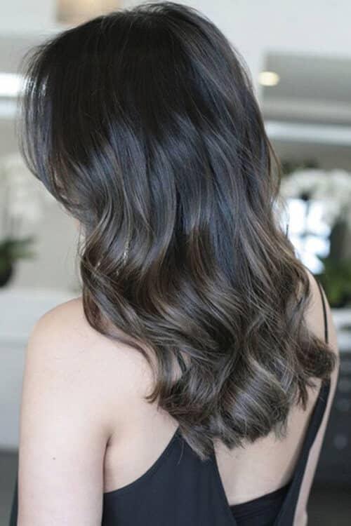 Kiểu tóc xoăn sóng đẹp 2021 phù hợp mọi gương mặt - Ảnh 30