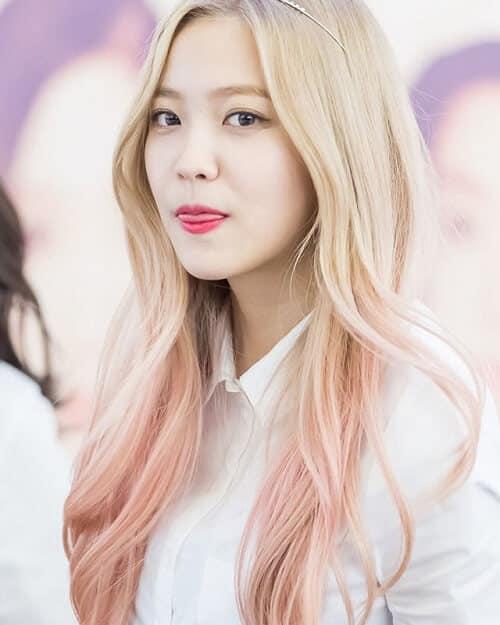 Vừa ngọt ngào vừa cá tính chính là tóc bạch kim ánh hồng