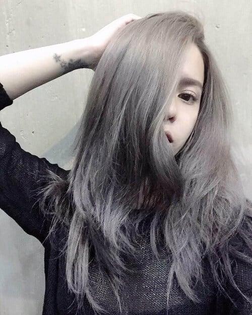 Tóc màu khói xám mới lạ