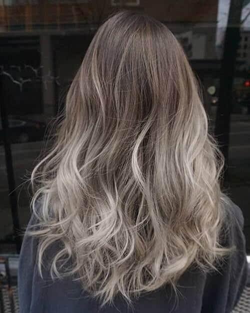 Tóc màu xám khói ombre