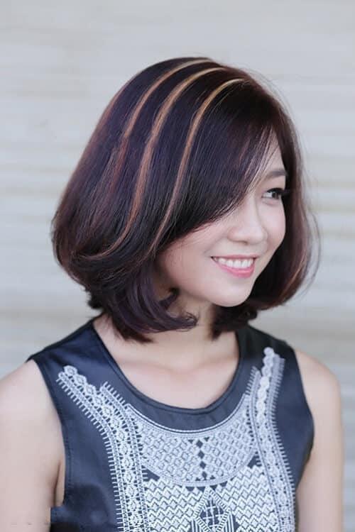 Tóc ngắn mái dài uốn xoăn