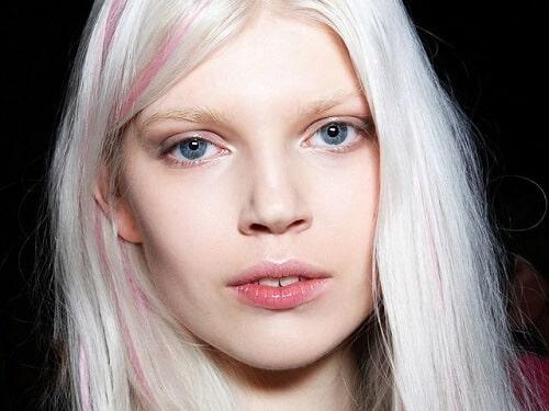 Da trắng hợp với màu nhuộm tóc nào?
