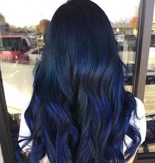 Màu tóc xanh đen chơi noel