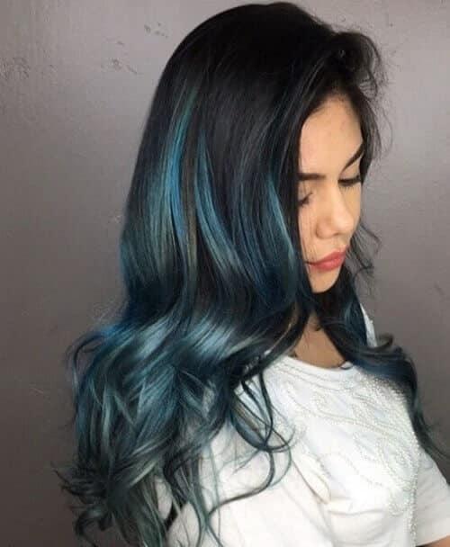 Nhuộm tóc highlight xanh rêu