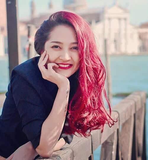Tóc màu đỏ tím đẹp