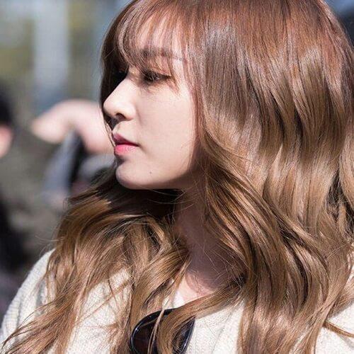 Tóc màu sôcôla sáng