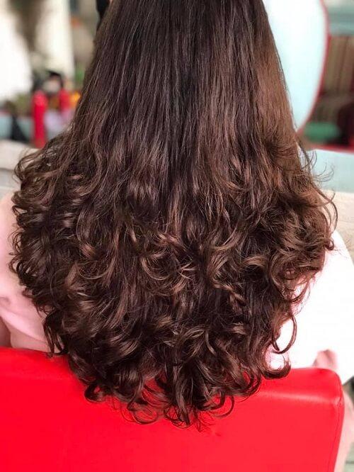 Hairsalon & Nail Hồng Trang