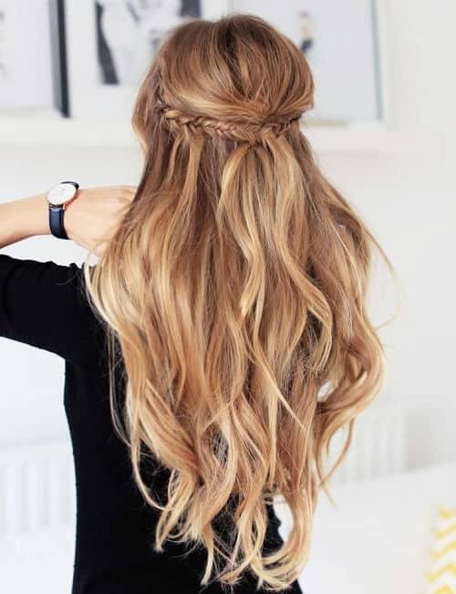 Bím tóc nửa đầu cho nữ sinh duyên dáng