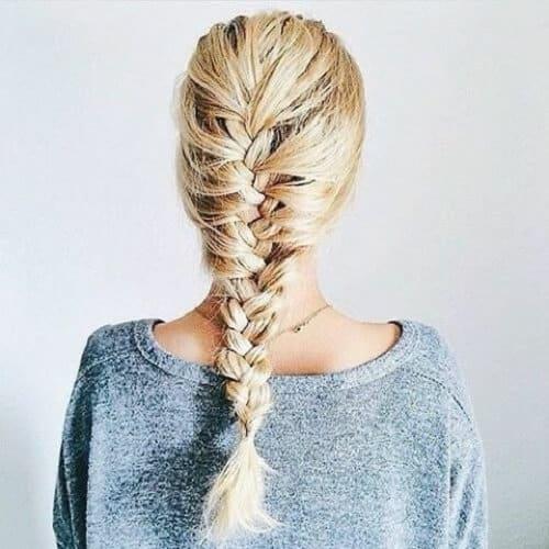 Kéo phồng 2 bên tóc sẽ giúp kiểu tóc hoàn hảo hơn