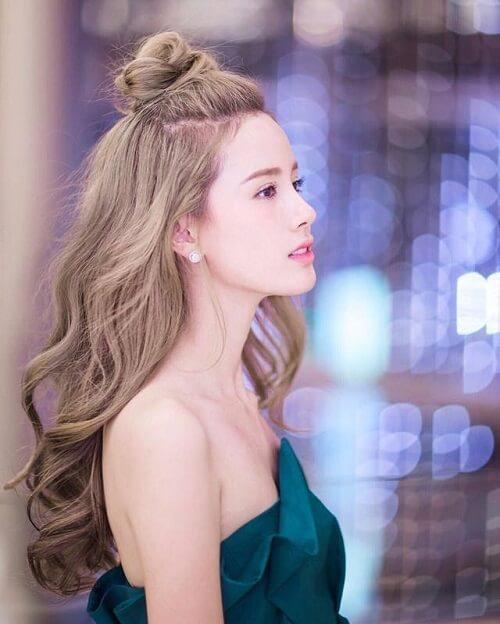 Búi tóc cao nửa đầu - Kiểu tóc đi đám cưới đẹp nhất